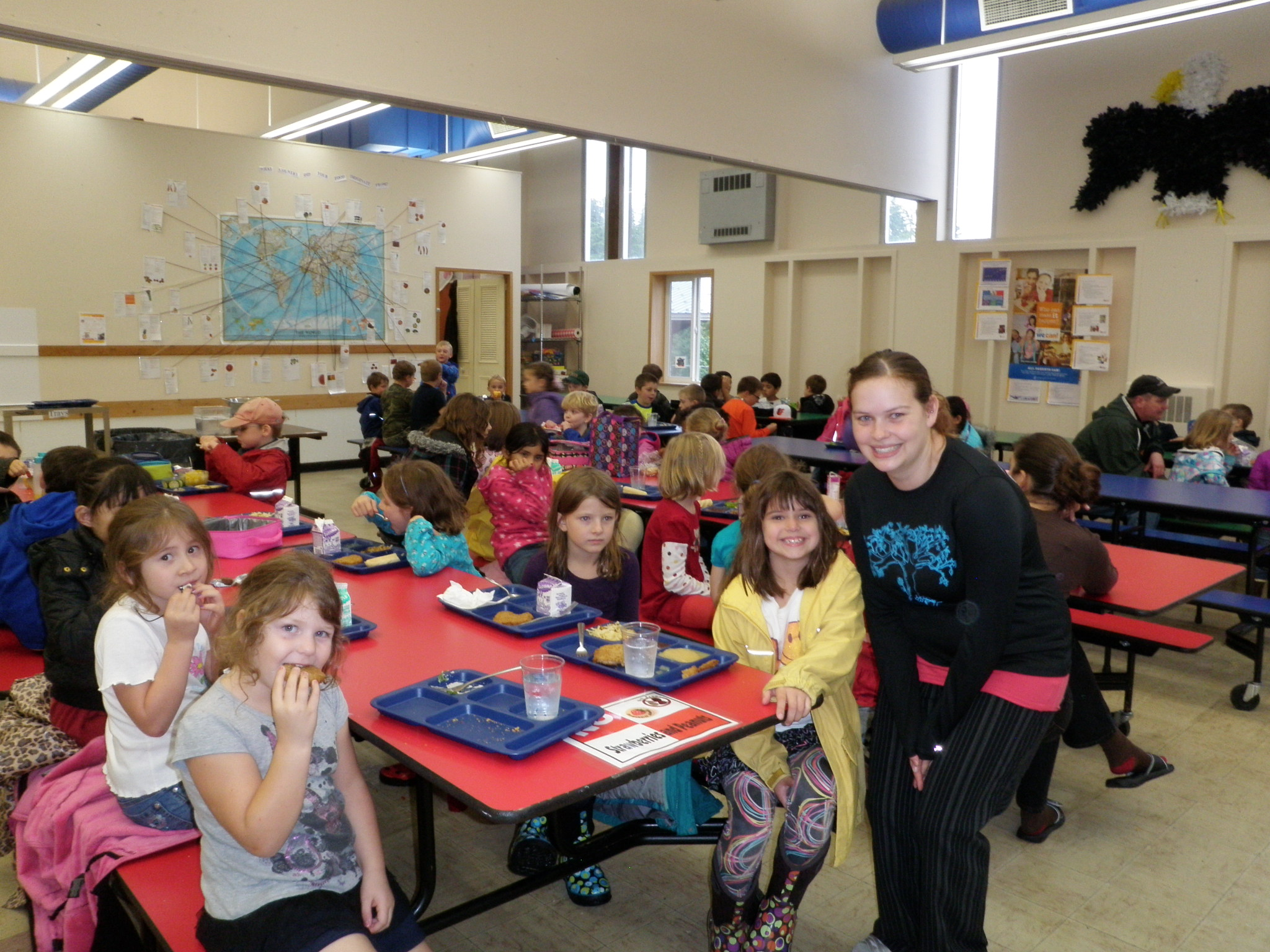 "Petersburg and Kenai schools first in AK to meet ""HealthierUS"" criteria"