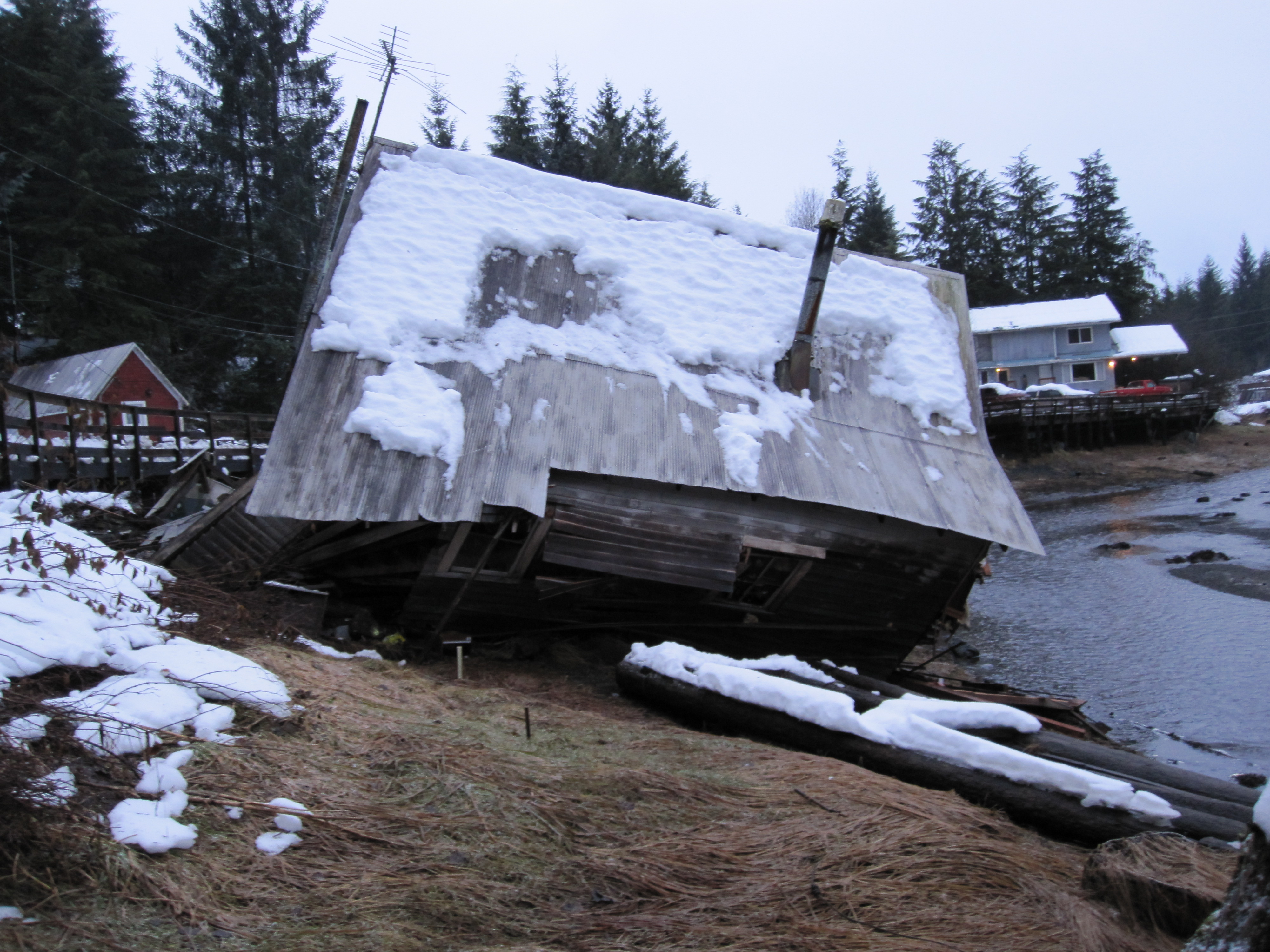 Old boathouse collapses in Petersburg