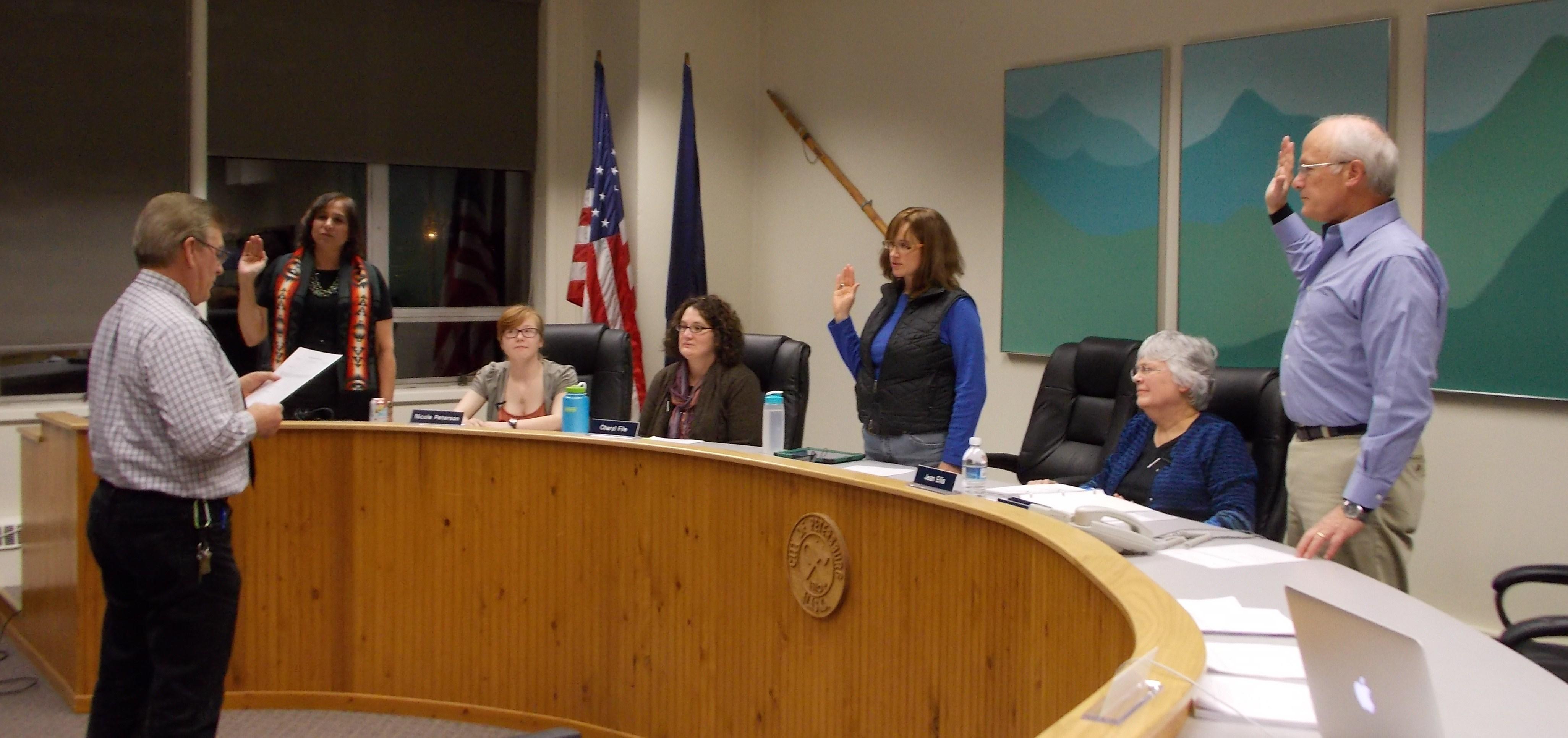 New borough school board fills vacant seats, discusses school security