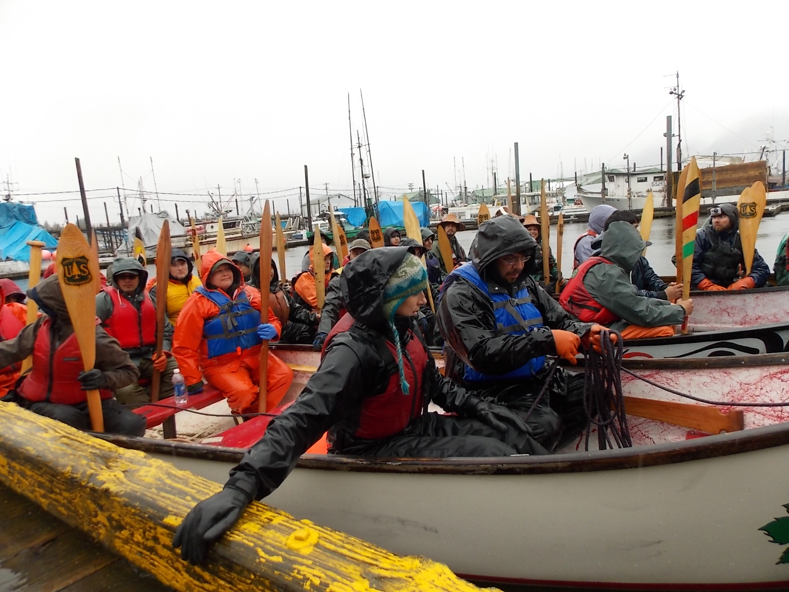 Canoes leave Petersburg for Wrangell