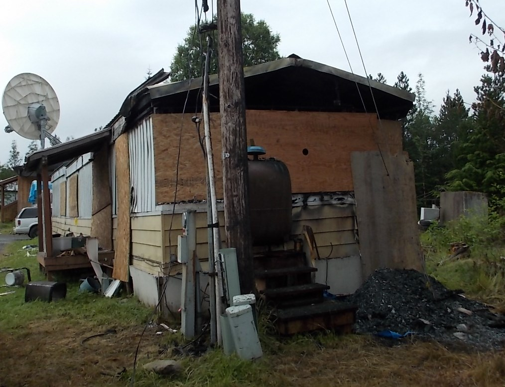 Trailer fire kills Petersburg man