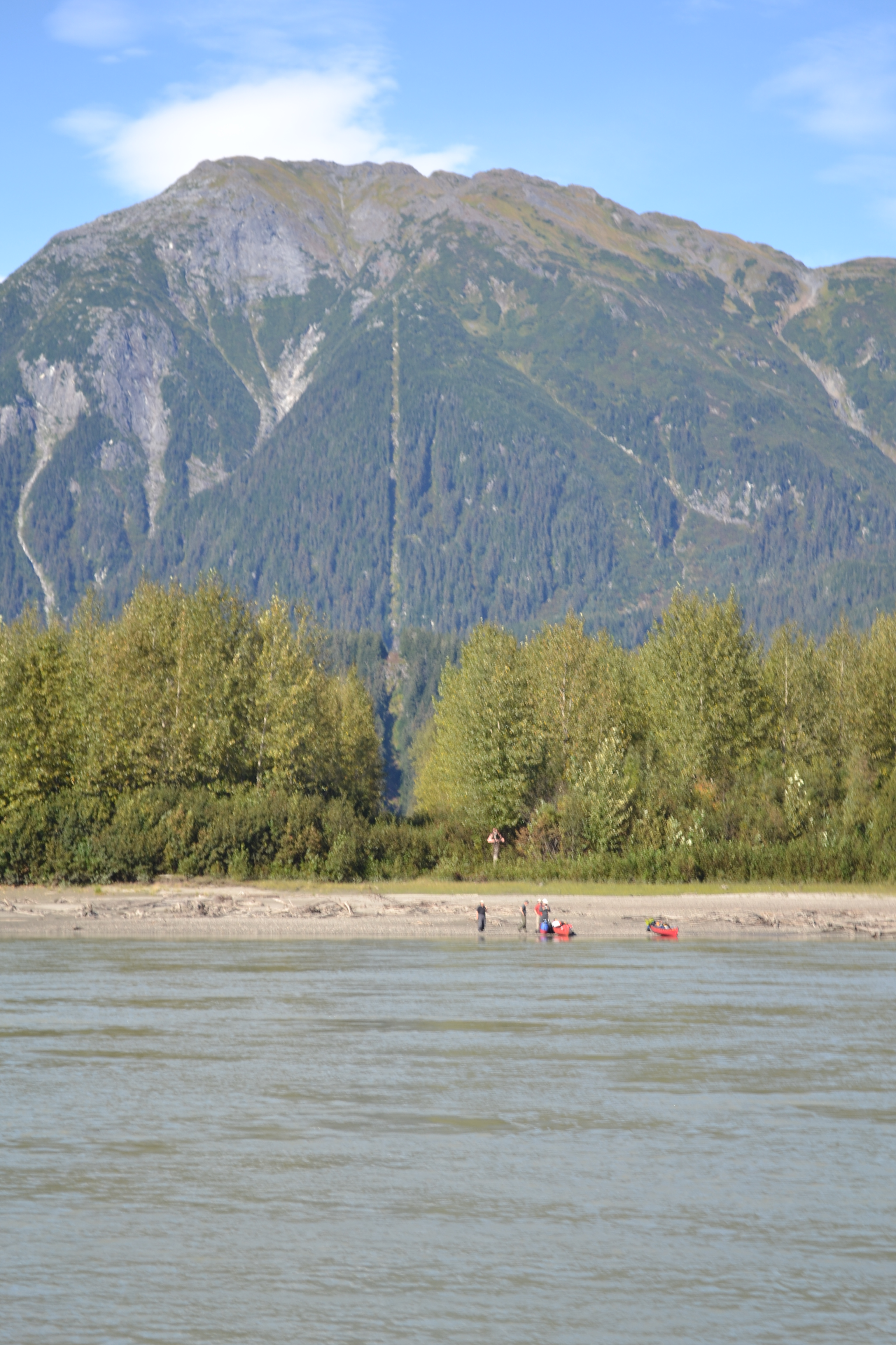 Group releases study on fishing, tourism dollars from Southeast Alaska rivers