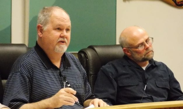 Petersburg assembly extends manager's contract