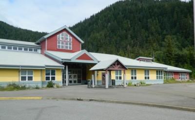 Board hears about school calendar, safety