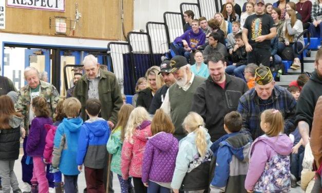 Petersburg schools honor veterans