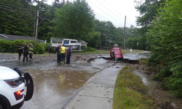 Water main break creates sinkhole on Schoenbar Road