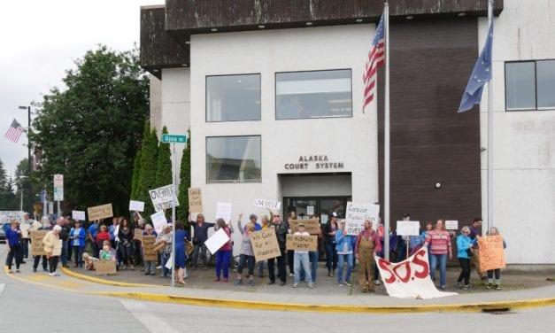 Petersburg rally calls for veto overrides