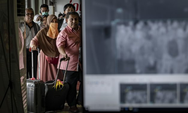 PHOTOS: What It's Like Living Through An Outbreak